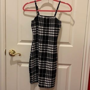 Houndstooth Black and White bodycon dress